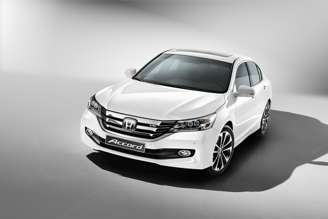 Премьера обновленного Honda Accord на Московском Автосалоне