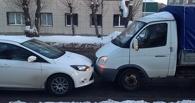 В машину омского маршрутчика-модели въехала «Газель»