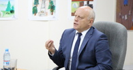 Губернатор Назаров высказался против жести в новостях