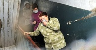 В Омске на Левобережье вандалы разводили костер прямо в подъезде