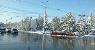 Жителей Омска ждут мокрый снег и скользкие дороги