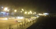 В центре Омска у тягача оторвался прицеп