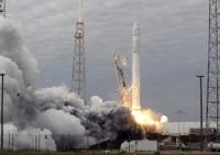 Американцы с третьей попытки запустили коммерческий спутник