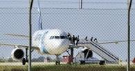 Все заложники освобождены: захватчик самолета EgyptAir сам сдался властям