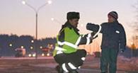 Школьникам раздадут более 40 000 светящихся наклеек с «Омскими ястребами»