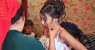 На Урале опека забрала у родственников 12-летнюю беременную цыганку из Омска