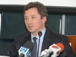 Директора «Омского аэропорта» могут отправить в отставку