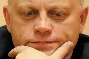 Омский губернатор Виктор Назаров заработал за год больше Путина