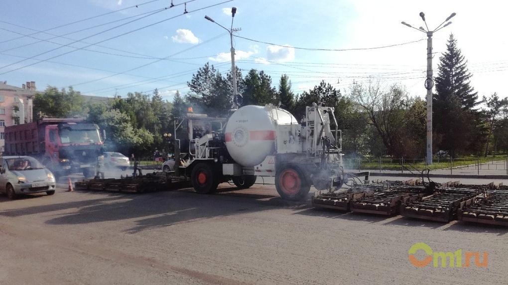 В Омске установят 15 новых светофоров, дорожные ограждения и нанесут новую разметку