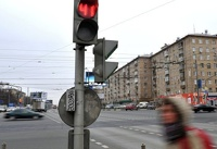 ГИБДД готова разрешить поворот направо при красном сигнале светофора