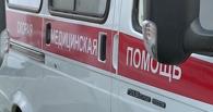 Омичке в детской поликлинике рассекло голову дверью