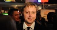 Артем Михалков прилетел в Омск по приглашению Голушко и Малькевича