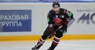 Нападающий «Авангарда» Попов обещал, что ситуация с ним прояснится к выходным