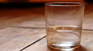 Завуча из Омской области, ударившую ученика стаканом, будут судить