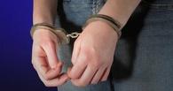В Омске с поличным задержали молодую женщину с 50 граммами героина