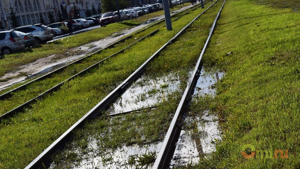 Омичка потребовала больше 700 тысяч рублей за падение в трамвае