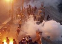 Из-за массовых беспорядков в стране президент Египта ввел режим ЧП