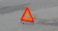 В Омске пьяный подросток за рулем «семерки» врезался в бетонный забор