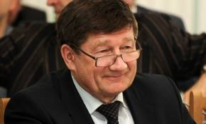 Мэр Омска Двораковский поехал в Москву рассказать о «школе управдома»