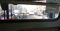 В центре Омска остановились троллейбусы