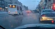 Проспект Маркса в центре Омска затопили грунтовые воды