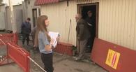На Бархатовой снесли незаконные киоски омской предпринимательницы
