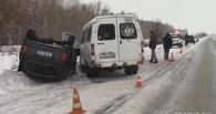 Количество пострадавших в ДТП с маршруткой в Омске увеличилось до 12