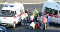 В больничном городке омич на «семерке» сбил мать с ребенком