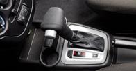 Водители машин с «механикой» менее грамотны, чем «автоматчики»