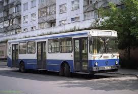 В Омске начали работу автобусы для маломобильных граждан