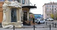 «Ревизорро» будет судиться с омским рестораном «Колчак» из-за наклейки (обновлено)