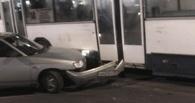 В Омске «десятка» врезалась в автобус с пассажирами