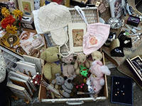 Омичи могут отнести свои вещи в «Добрый шкаф»