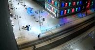Омич гонял по пешеходной улице Валиханова