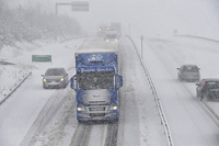 В Германии фура без водителя протащилась 10 километров