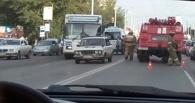 В Омске девушка, перебегавшая Красный Путь, пробила лобовое стекло иномарки