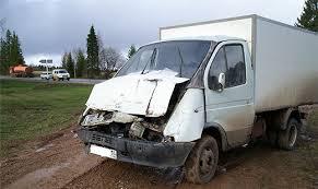 На трассе под Омском «ГАЗель» врезалась в «КамАЗ»: пострадала школьница