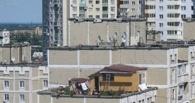 В Омске снесли два незаконно построенных этажа
