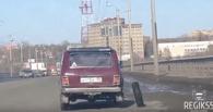 На омских дорогах была замечена «Нива» с необычным расположением колес