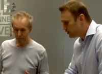 Навальный троллил депутата-токаря из госдумы РФ