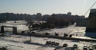 В Омске после торгового центра оцепили школу (фото)