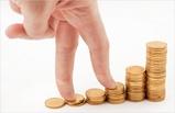 Из-за сложной экономической ситуации омичи теряют зарплату